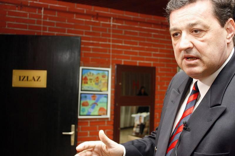 M. Perić