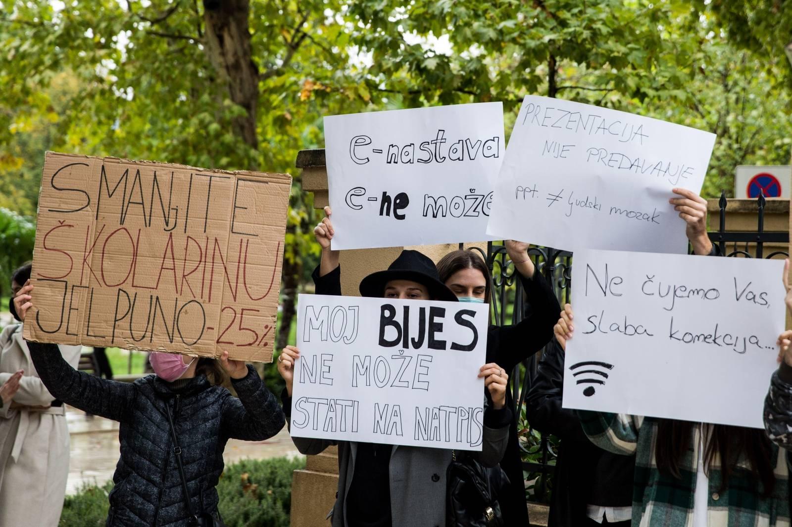Studenti prosvjedovali u Mostaru zbog previsokih školarina i loše online nastave