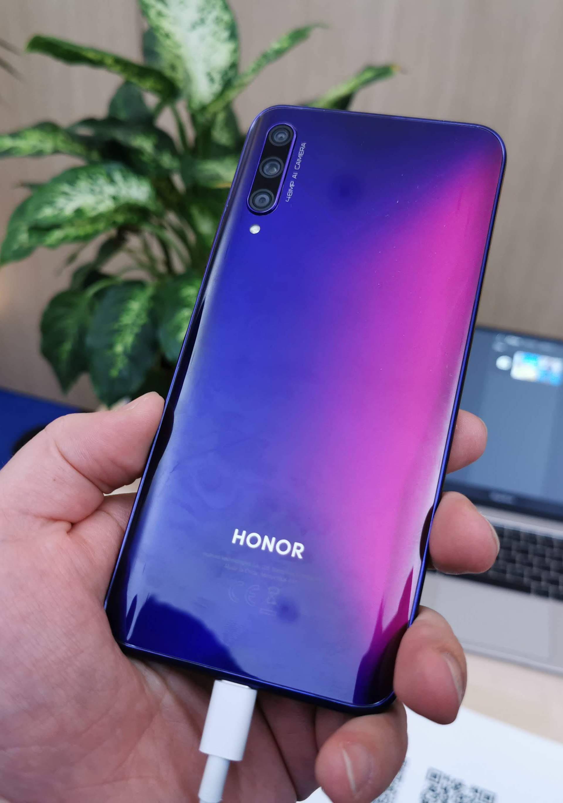 Honor 9X Pro nema Google,  ali ima jako dobru cijenu i kameru