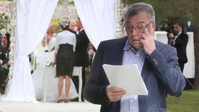 Korona im ne smeta, cijeli se vikend slavile velike svadbe, ali i rođendani sa preko sto ljudi