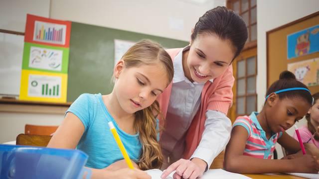 Ukidaju roze i žute bilježnice, manje papirologije za učitelje