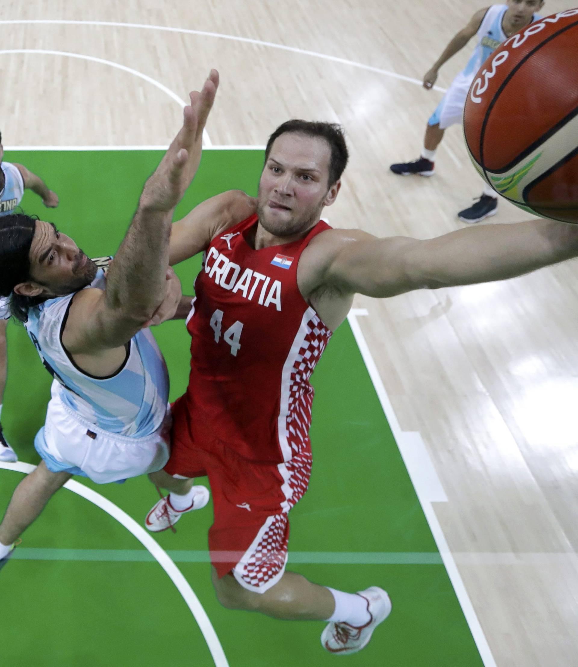 Basketball - Men's Preliminary Round Group B Argentina v Croatia
