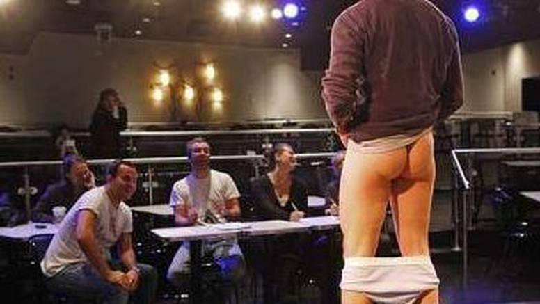 """Na audiciji za """"novi penis"""" pokazali koliko su savitljivi"""