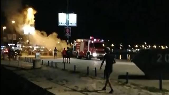 Split: Nakon vatrometa na Rivi planuo auto pirotehničke firme