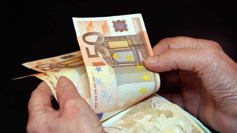 Francuska: Žena u autobusu ostavila torbu s 40.000 eura
