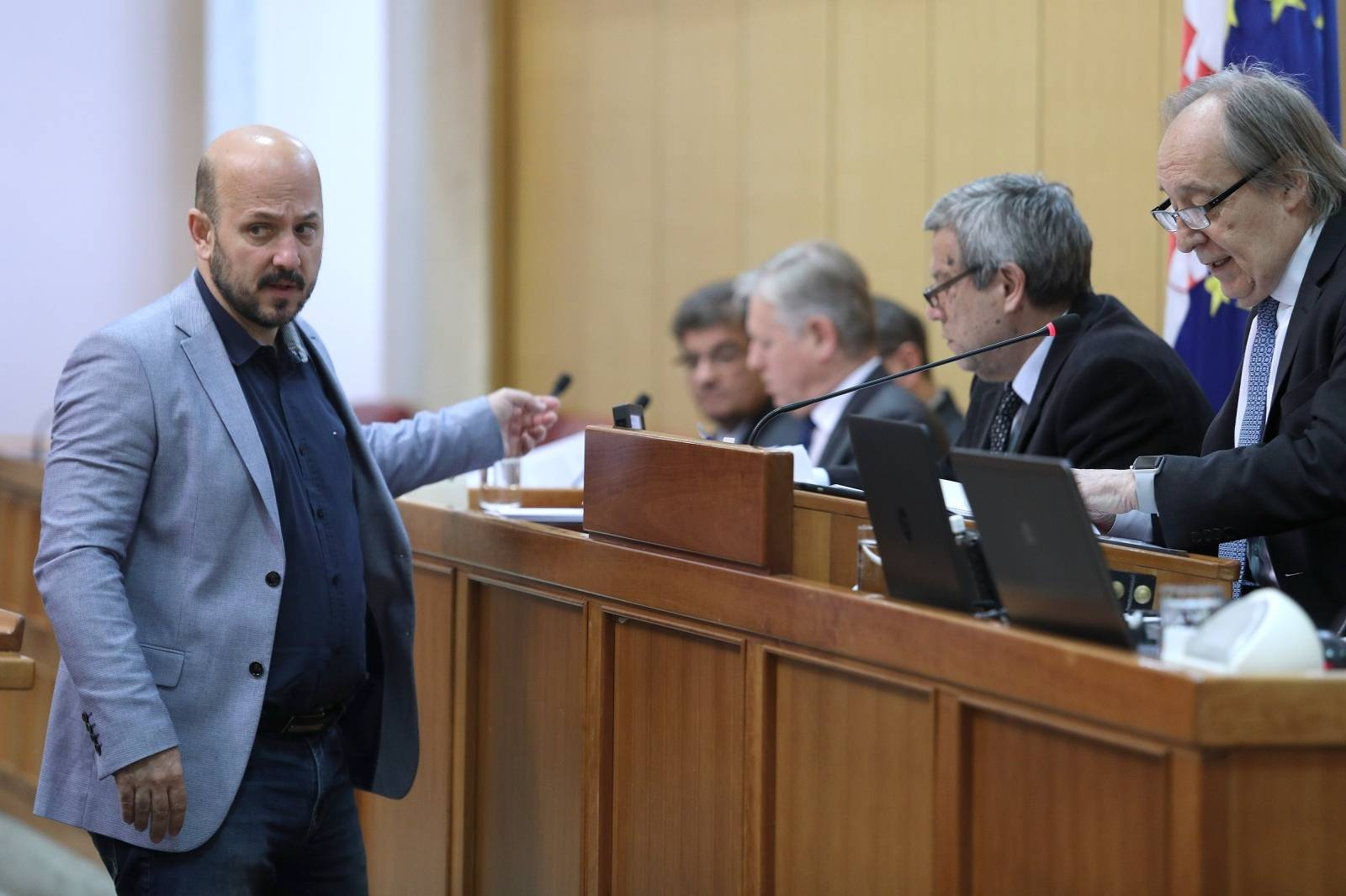 Zagreb: Sabor 12. sjednicu nastavio raspravom o Prijedlogu zakona o privatnoj zaštiti