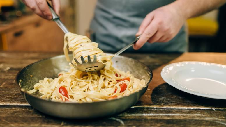 Ukusna tjestenina na dva super načina: S mesom ili šparogama