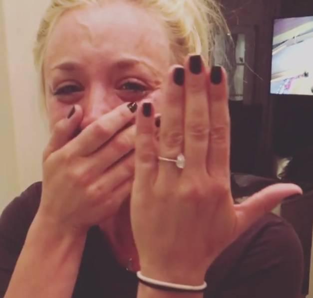 Kaley Cuoco zaplakala nakon prosidbe: 'Ova noć je savršena'