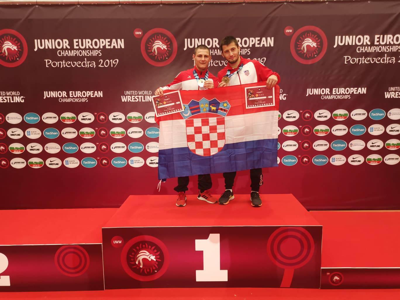 Povijesni uspjeh za Hrvatsku! Dvije bronce na EP-u u hrvanju