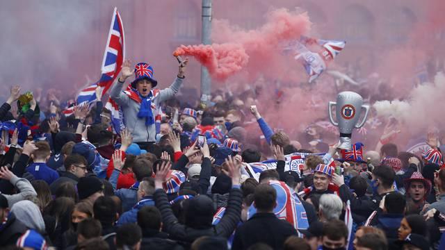 Rangers fans celebrate winning the Scottish Premiership Title