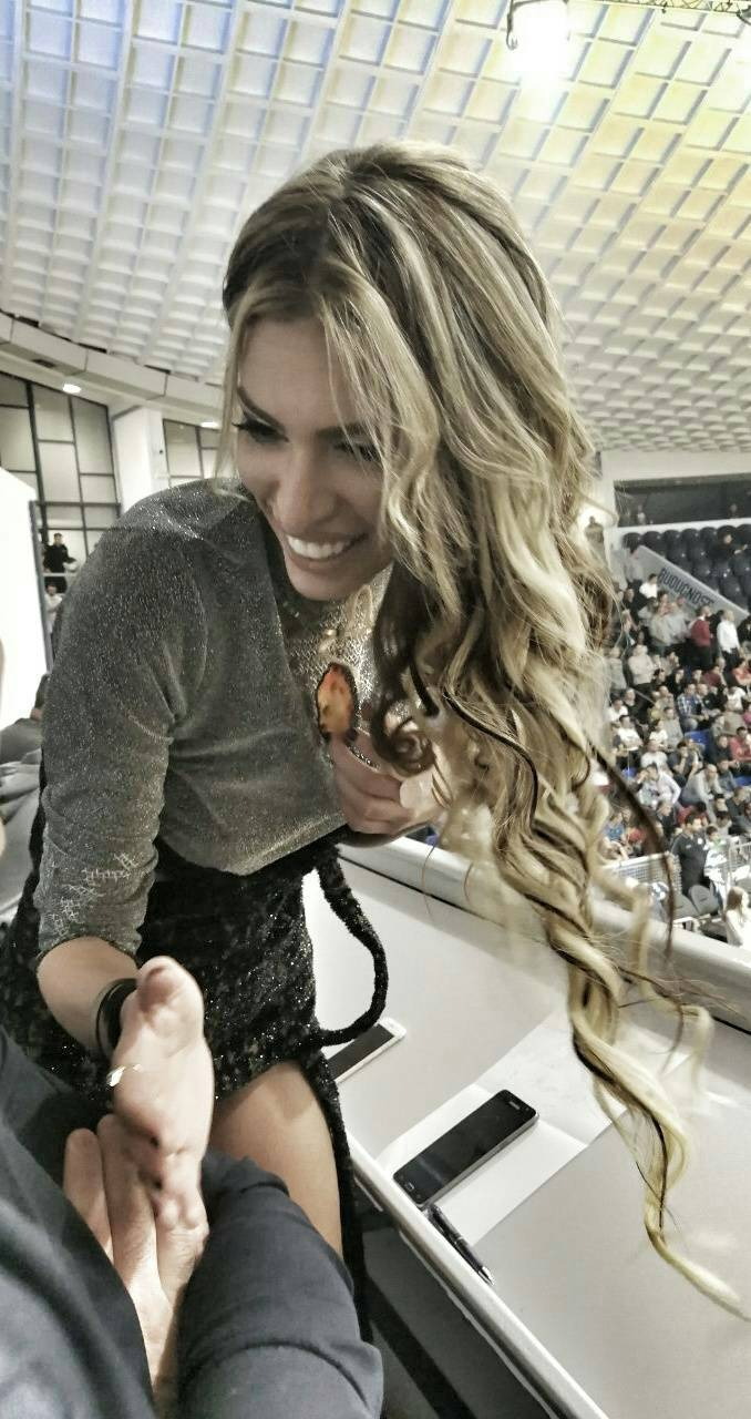 Postala je sportska novinarka: Ava je bacila oko na košarkaša