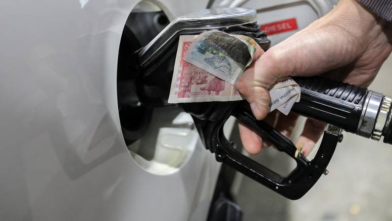 Ina i Lukoil će poštovat uredbu Vlade o cijenama goriva, iz Petrola još nemaju komentara