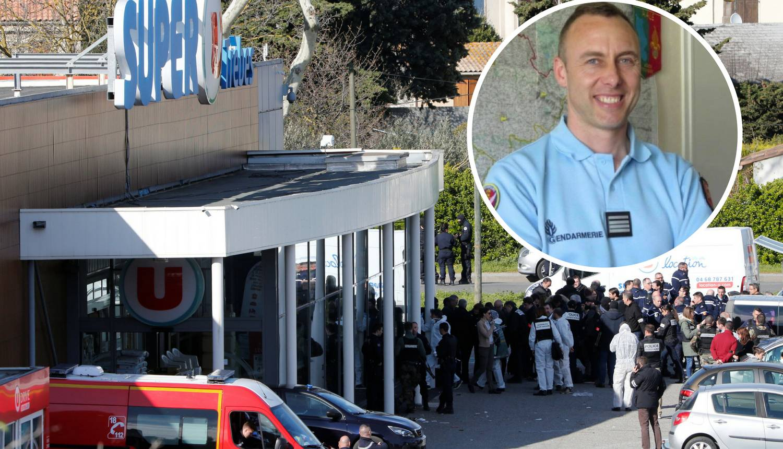 Umro ranjeni policajac koji se ponudio u zamjenu za taoce