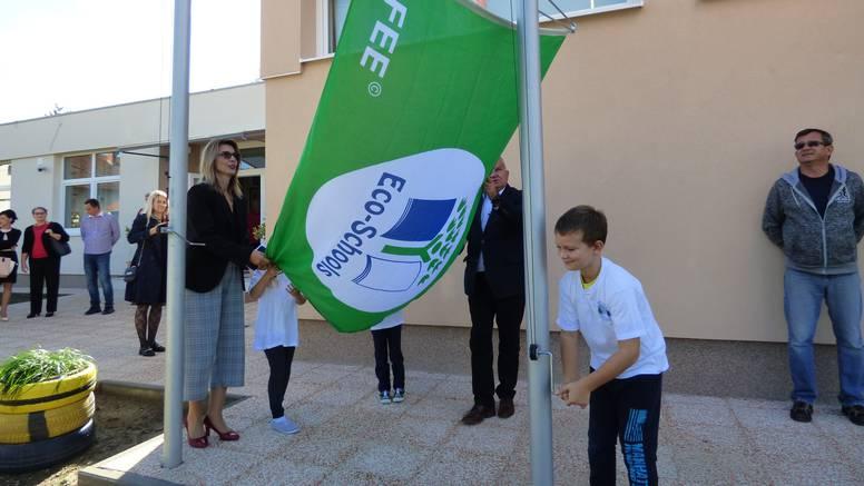 Mali ekolozi: U vrtiću Slap djeca imaju ekovrt te uče o važnosti zelene energije i recikliranja