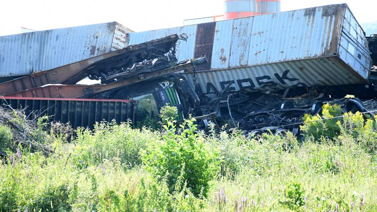 Sudar vlakova: Strojovođa je iskočio iz lokomotive kad je vidio da se ne može zaustaviti