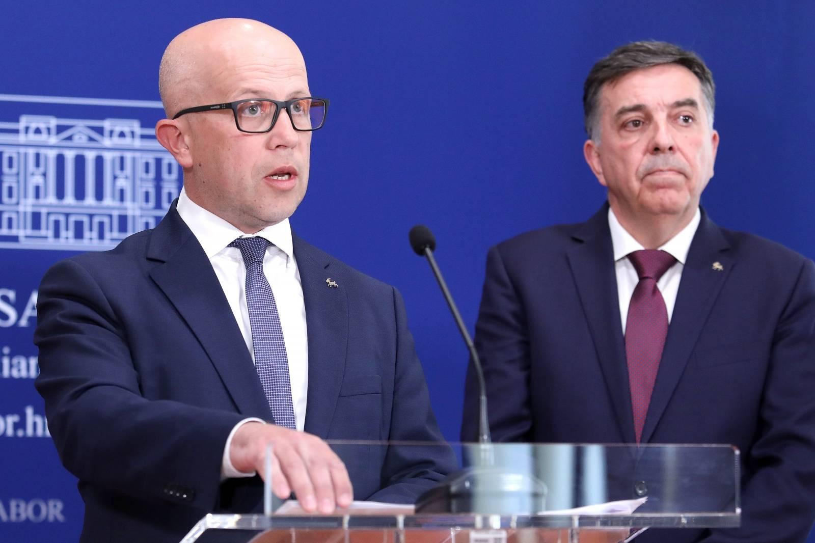 Zagreb: IDS-ov zakonski prijedlog o kažnjavanju ustaških, fašističkih i nacističkih simbola