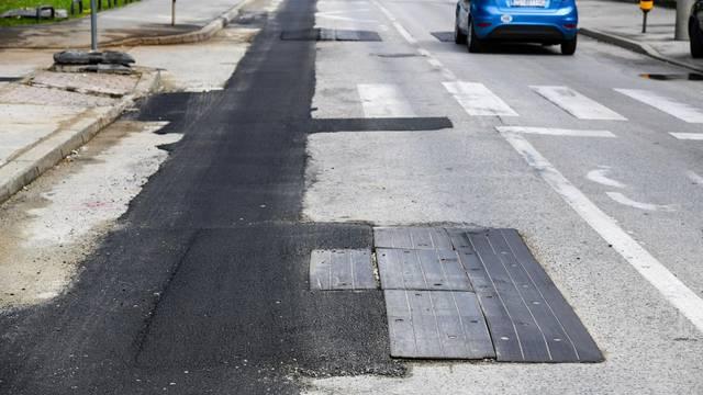 Zagreb: Oštećeni uspornici u ulici Dragutina Golika  sanirani su asfaltom