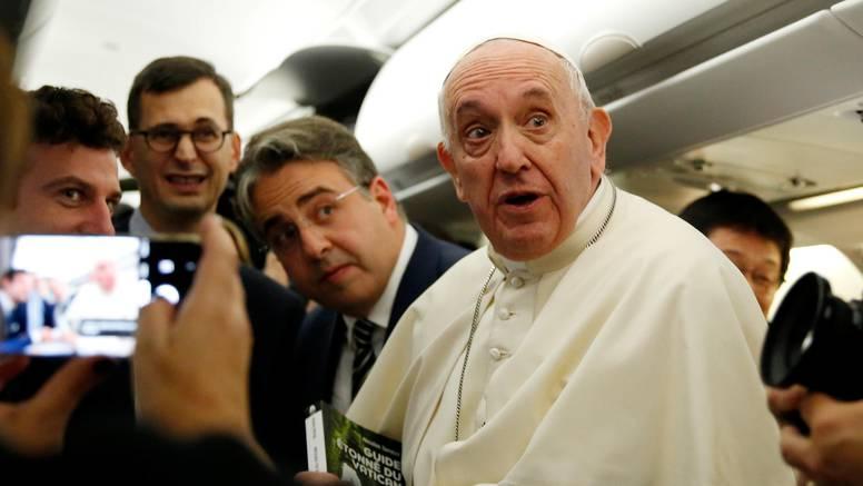 Papa se našalio da su ga neki htjeli vidjeti mrtvog: 'Već su krenuli pripremati konklavu'