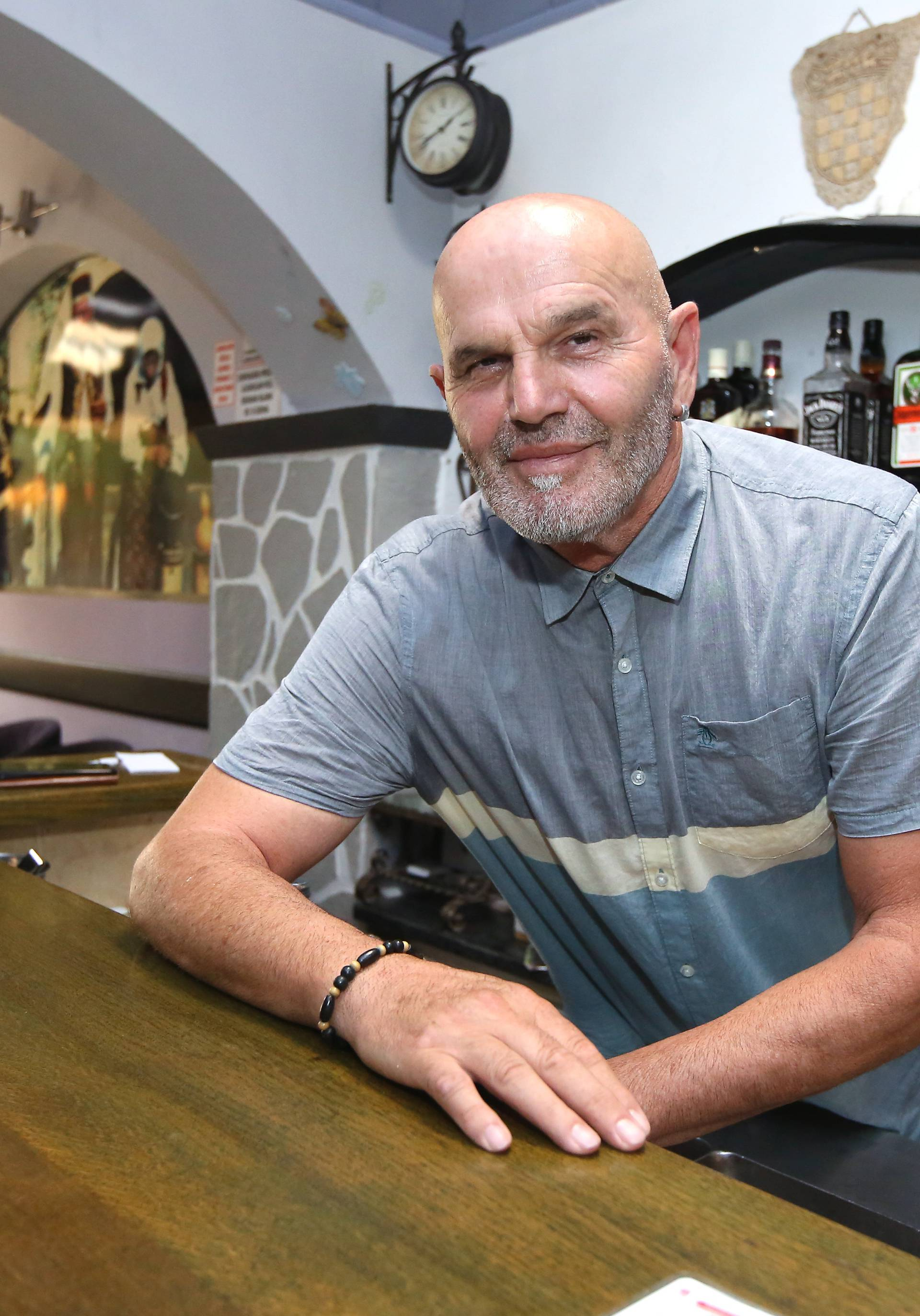 Veljko Mandić (62), vlasnik kafića Terra u Đevrskama