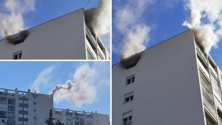 Drama u Splitu: Zapalio se stan na 9. katu, žena pobjegla na balkon, iznijeli je vatrogasci