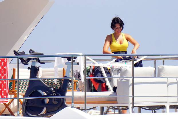 *PREMIUM EXCLUSIVE* Cristiano Ronaldo and his girlfriend Georgina Rodriguez soak up the sun on a superyacht in St Tropez