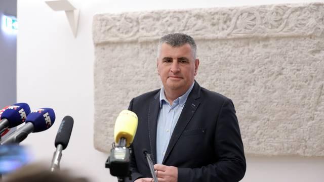 Zagreb: Miro Bulj dao je izjavu medijima