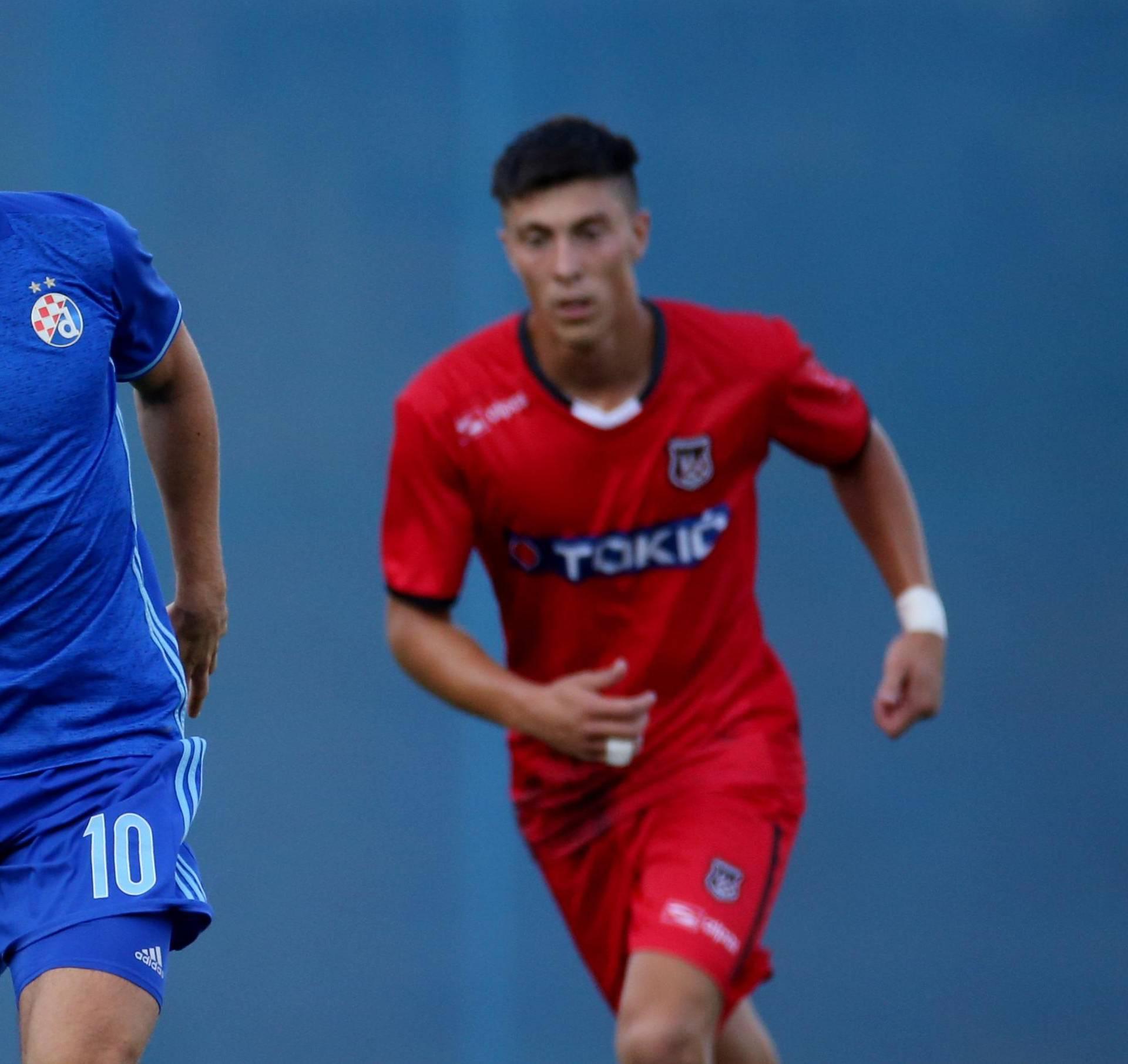 Zagreb: GNK Dinamo i NK Sesvete odigrali prijateljsku utakmicu