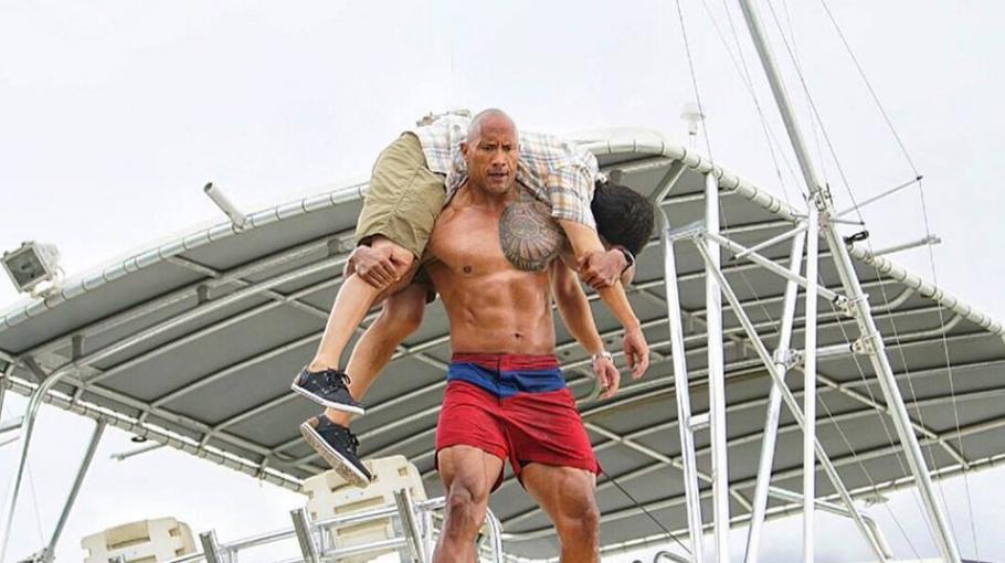 'Spasilačka služba': Još 'seksi' slika stiže nam od The Rocka
