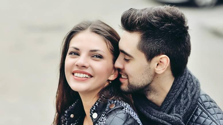 5 znakova ženskara: On točno zna kako vas učiniti posebnom
