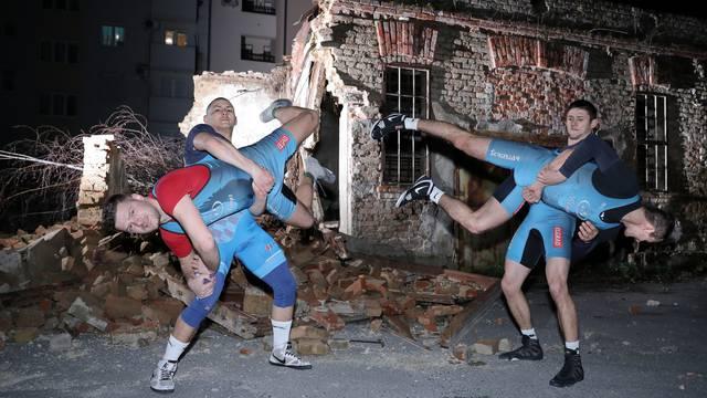 Hrvači s ruševina: Ostali su bez dvorane, ali i dalje treniraju. Osvajaju medalje i ne odustaju