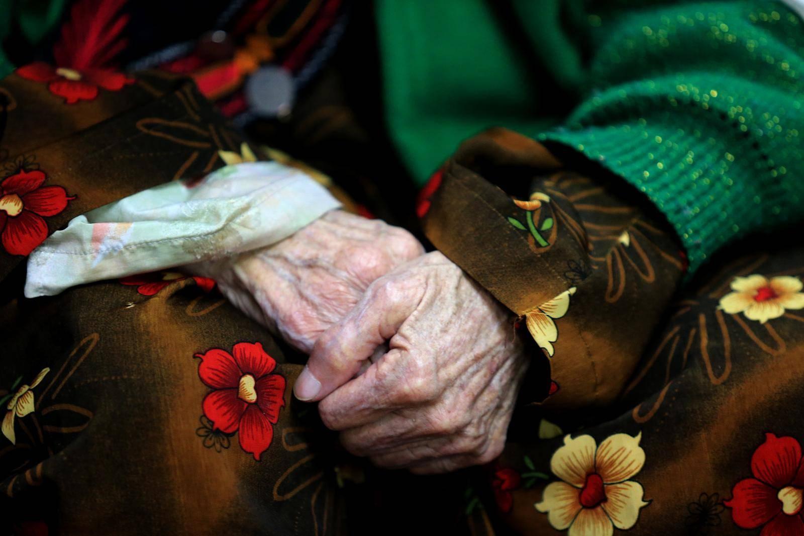 Iron-baka: Otmičari je pretukli, opljačkali, ostavili bosonogu na hladnoći, ali sve je preživjela
