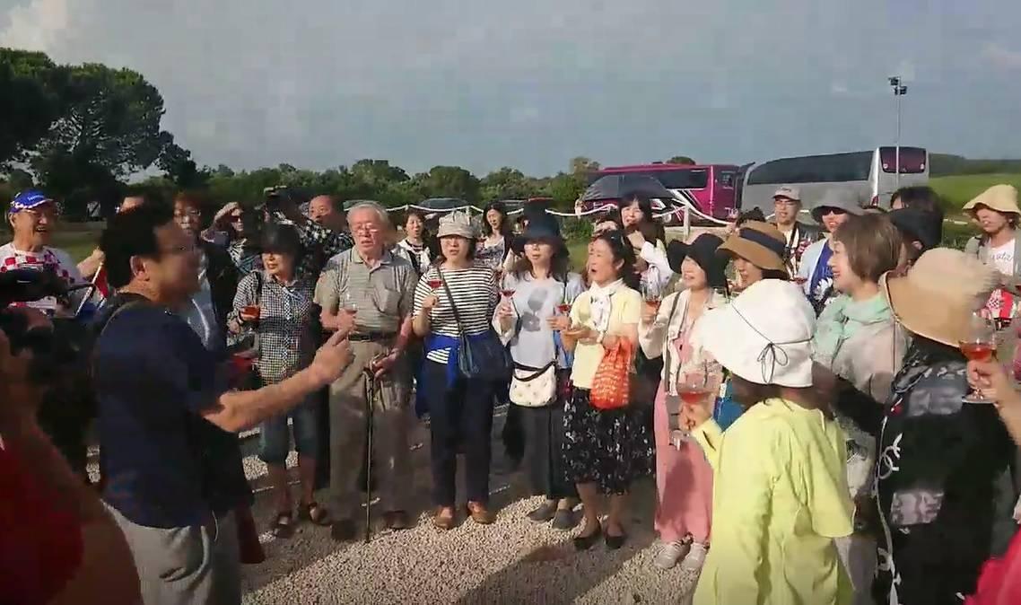 Ostvarili san: Japanci usred Hrvatske pjevali 'Lijepu našu'
