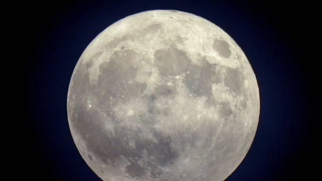 Plavi Mjesec, pojava punog Mjeseca dva puta u jednom kalendarskom mjesecu
