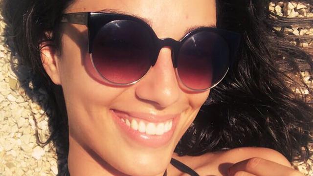 Seksi sutkinja Maja Bajamić je pozirala u bikiniju pa izgorjela
