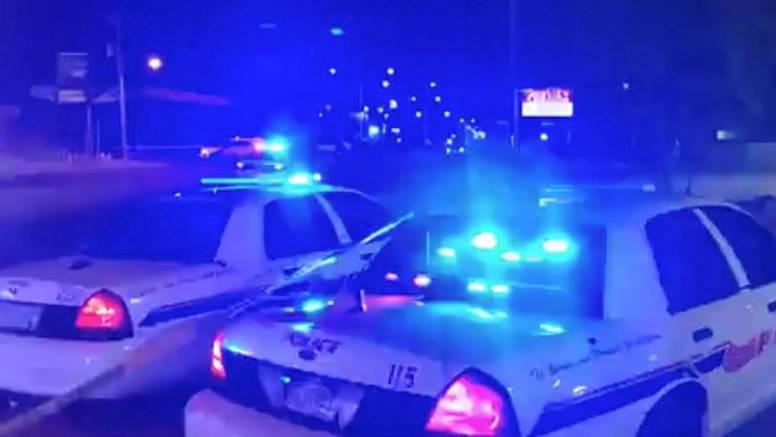 Pucnjava ispred McDonald'sa u Chicagu: Pucali na auto u kojem je bila djevojčica (7), ubijena je