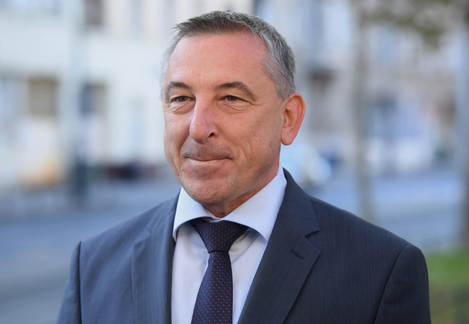 Zagreb: Predrag Åtromar dao izjavu u zaprimanju zahtjeva za subvencionirane kredite
