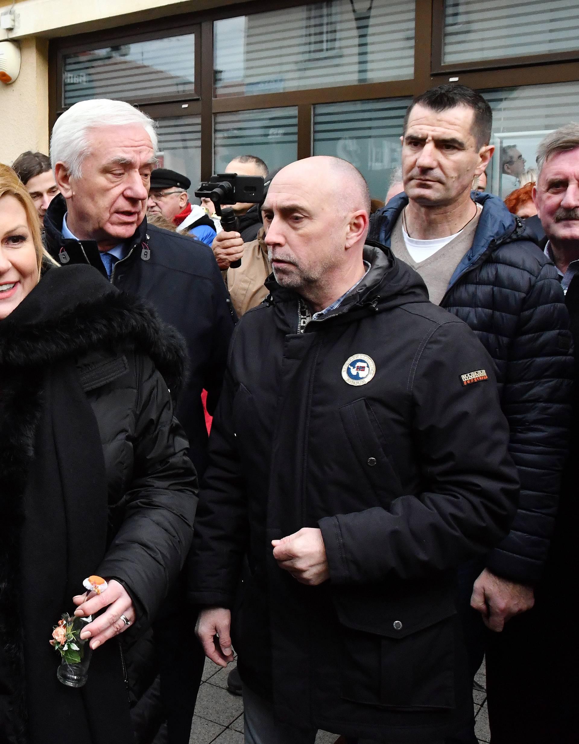 Kolinda je kampanju počela u Slavoniji: 'Nemojmo se dijeliti'