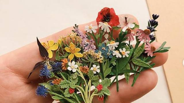 Cvjetni buket od papira