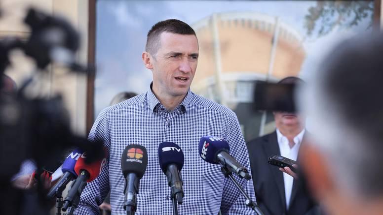 'Na popisu 2011. dodali su tisuće nepostojećih Srba u Vukovar, a SDSS i HDZ se igraju sudbinama'