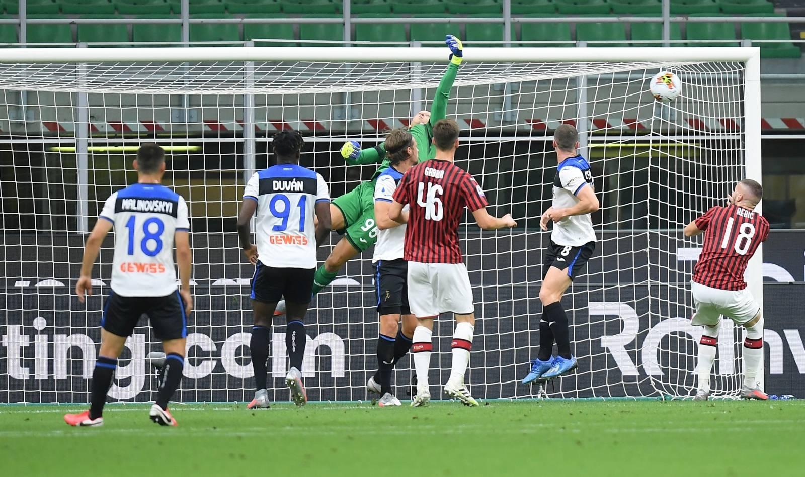 Serie A - AC Milan v Atalanta