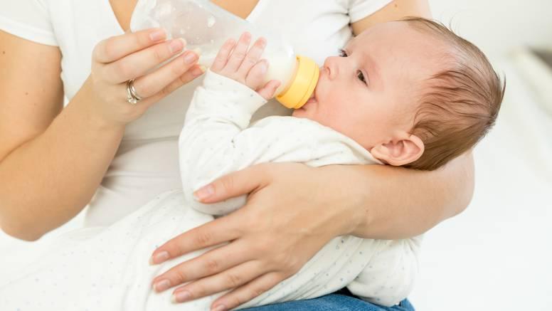 Tvrtke pokušavaju ali formulu za laboratorijski napravljeno majčino mlijeko je teško dobiti