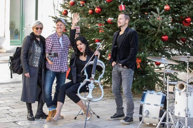 Dubrovnik: Ana Rucner snima božićni spot ispred crkve svetog Vlaha