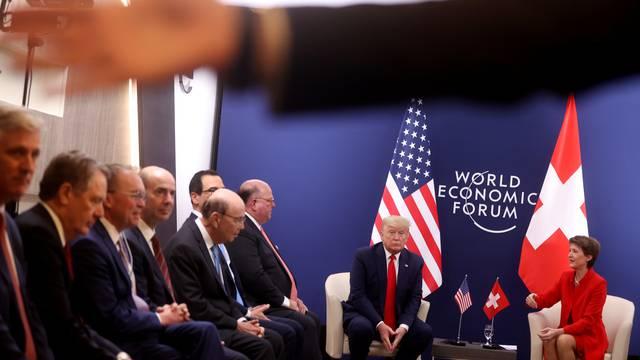 Rusi su u Davos poslali špijune prerušene u vodoinstalatere?