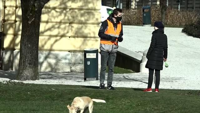 Glumio Covid redara u Zagrebu: 'Gospođo, zašto vaš pas nema masku? Napisat ću vam kaznu'