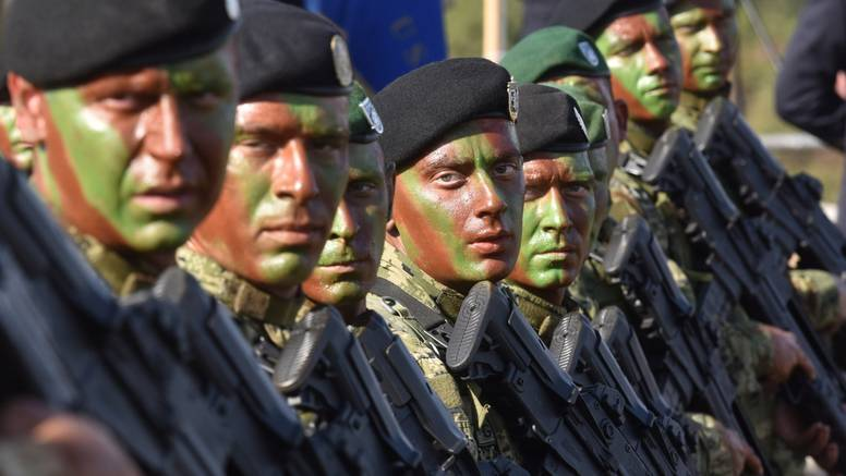 Vojnici u mirovnim misijama glasuju u Kosovu, Afganistanu