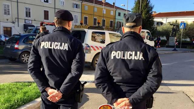 Mladić (25) vozio bez vozačke, policija mu oduzela automobil