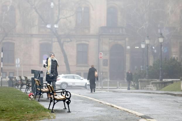 Zagrepčani se probudili u gradu prekrivenim gustom maglom