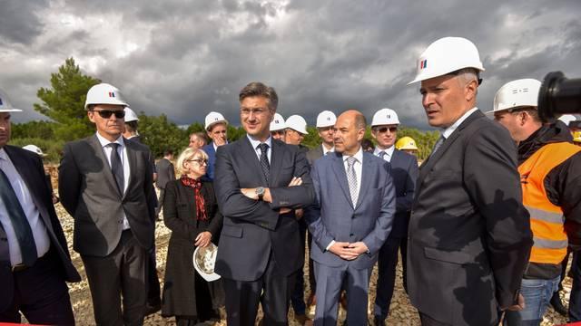 Benkovac: Premijer Andrej Plenković posjetio je gradilište vjetroelektrane Korlat
