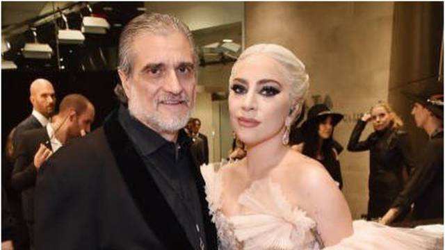 Lady GaGa nasmijala svog oca darom: Poklonila mu je kekse...
