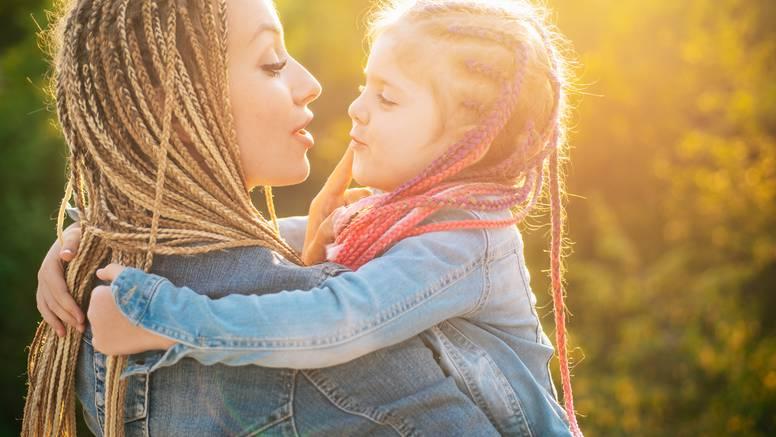 Mame se udebljaju za 1,3 kile više nego žene koje nisu rodile